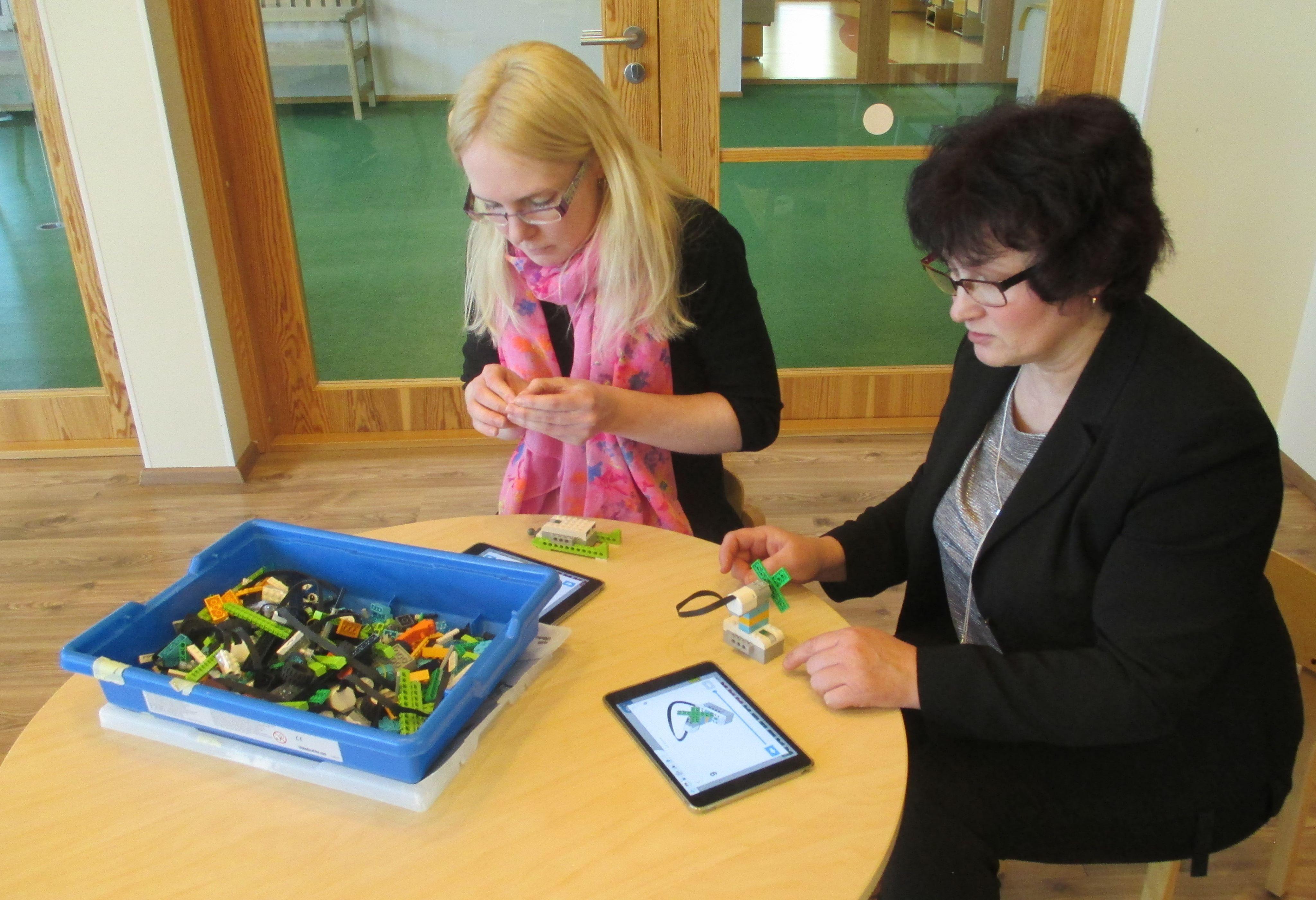 Viimsi Lasteaia IKT vahenditega tutvumas Saaremaa Karu Kati Lasteaed